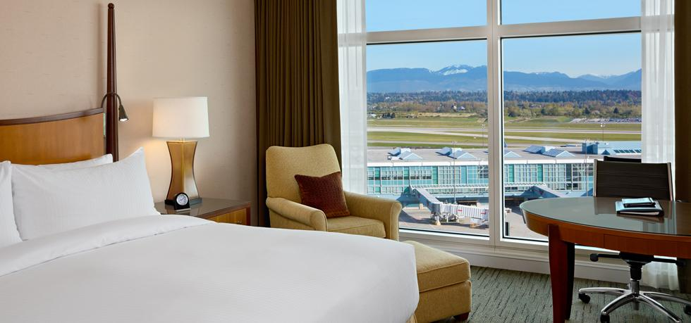 Fairmont Vancouver airport hotel rooms
