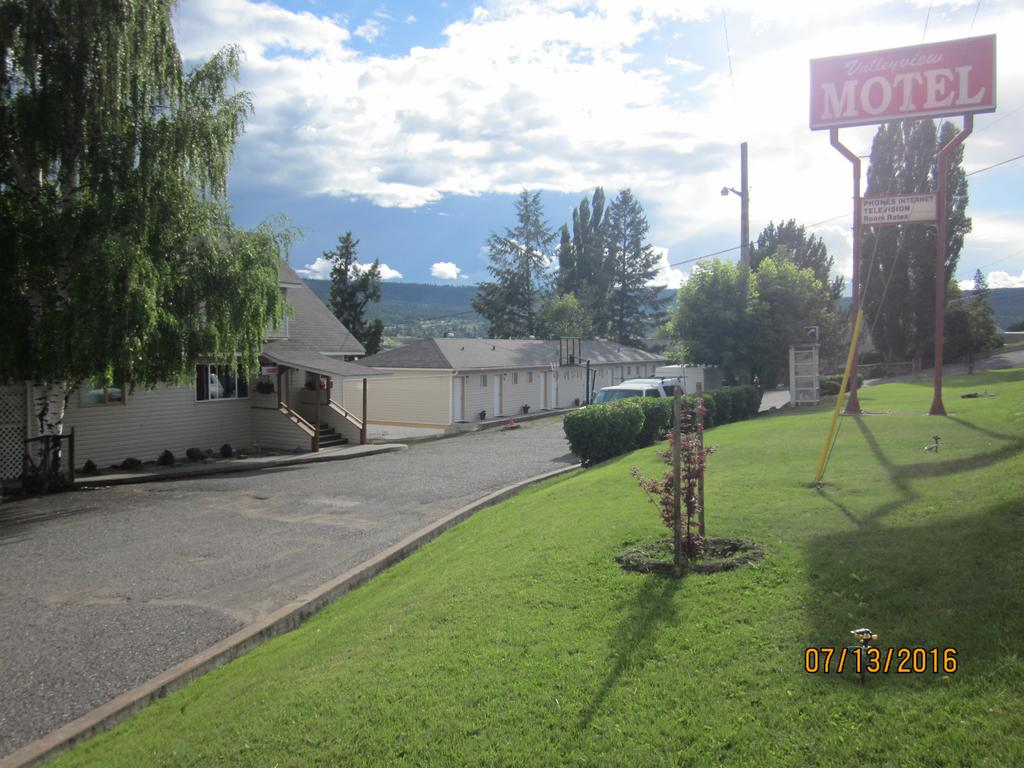 ValleyView Motel Exterior